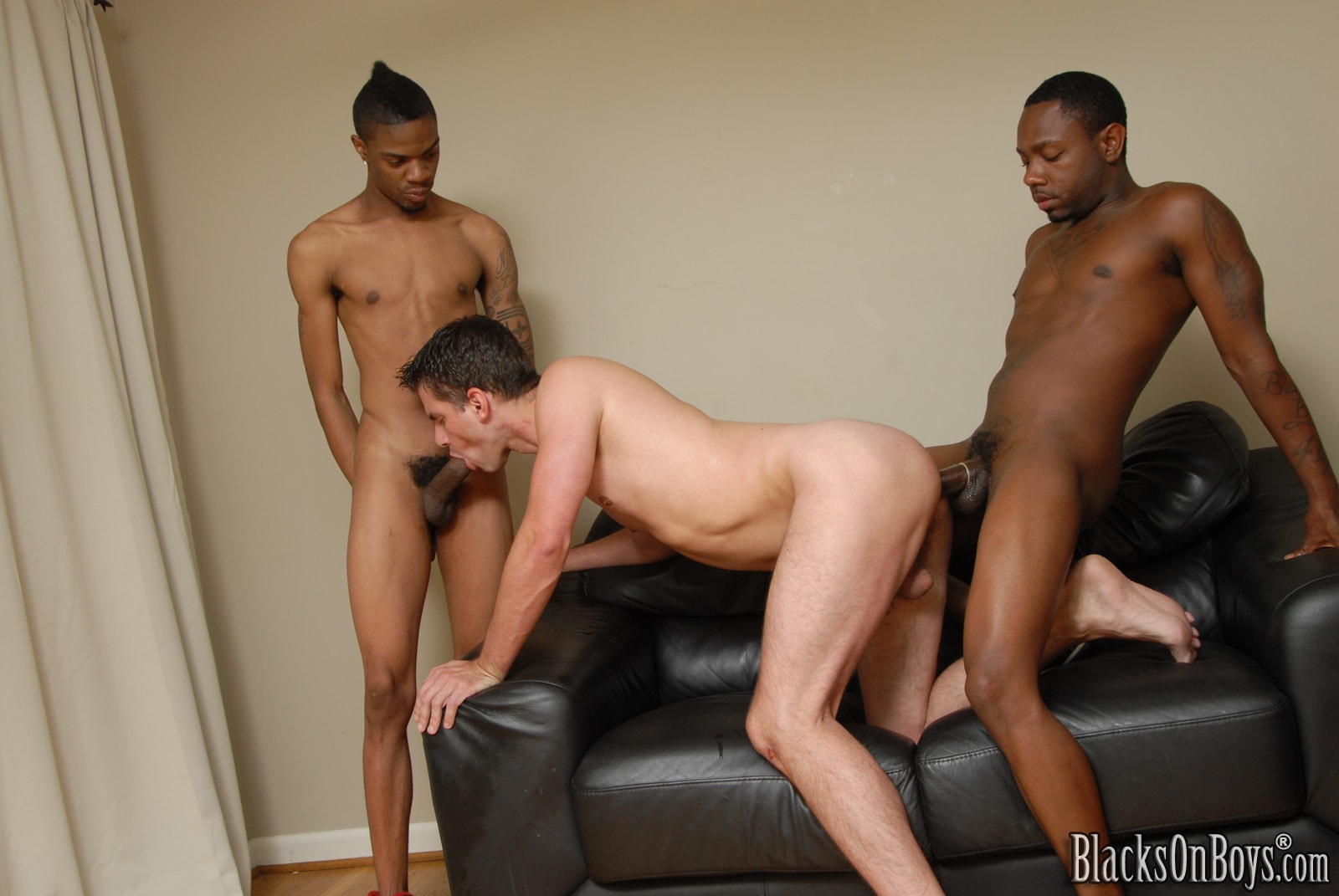 Dogfart Men '- Blacks On Boys' starring Diablo (Photo 21)