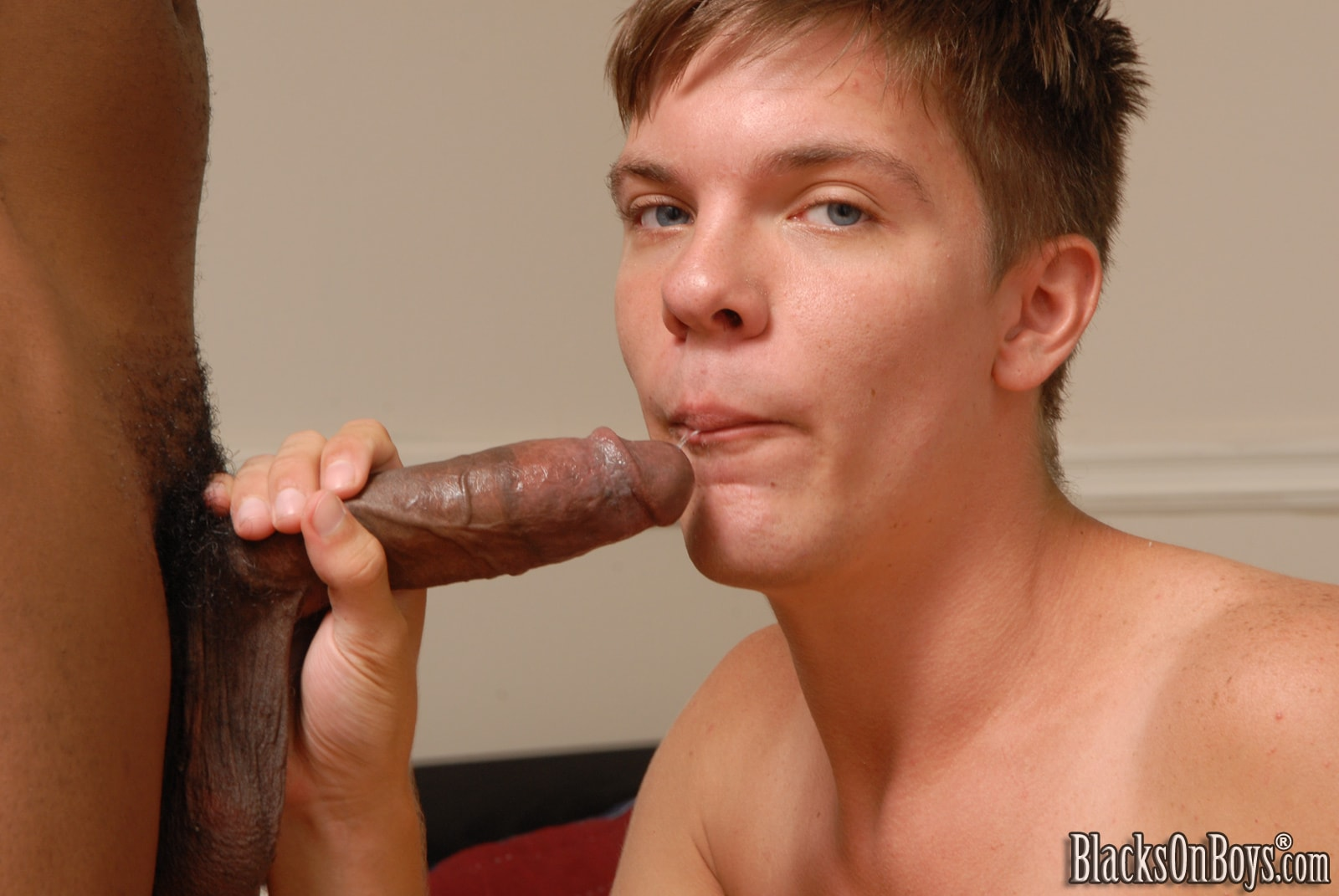 Dogfart Men 'and Black Lion - Blacks On Boys' starring Jordan Pierce (Photo 13)