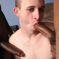 Ricky Raw in 'Dogfart Men' - Blacks On Boys (Thumbnail 21)