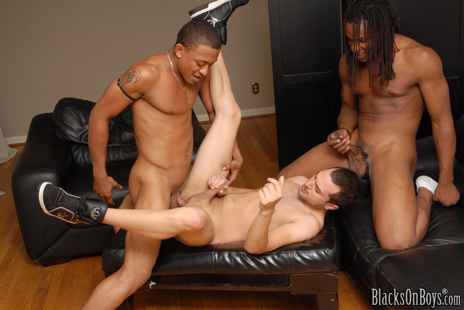 Dogfart Men '- Blacks On Boys' starring Vinnie Tuscano (Photo 14)