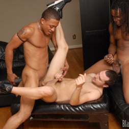 Vinnie Tuscano in 'Dogfart Men' - Blacks On Boys (Thumbnail 14)